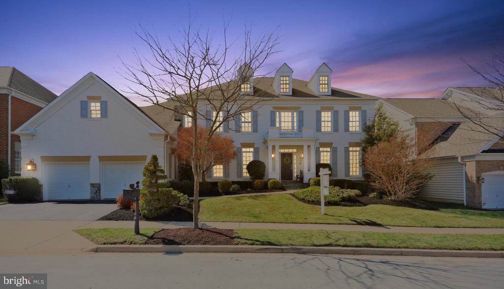 606 Oak Knoll Terrace, Rockville, MD 20850
