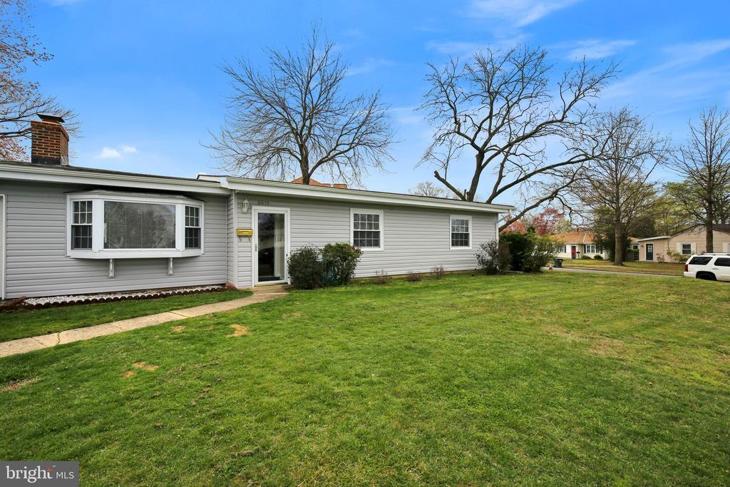 6611 Custer St, Springfield, VA 22150