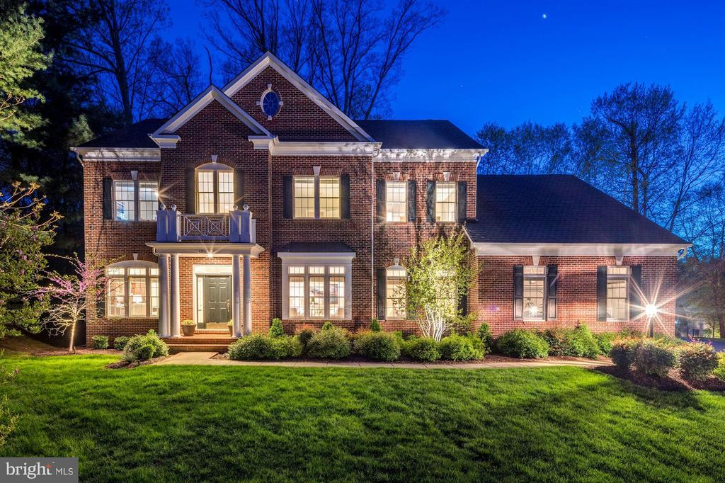 12184  HICKORY KNOLL PLACE, Fairfax, Virginia