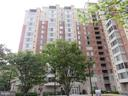 2726 Gallows Rd #910