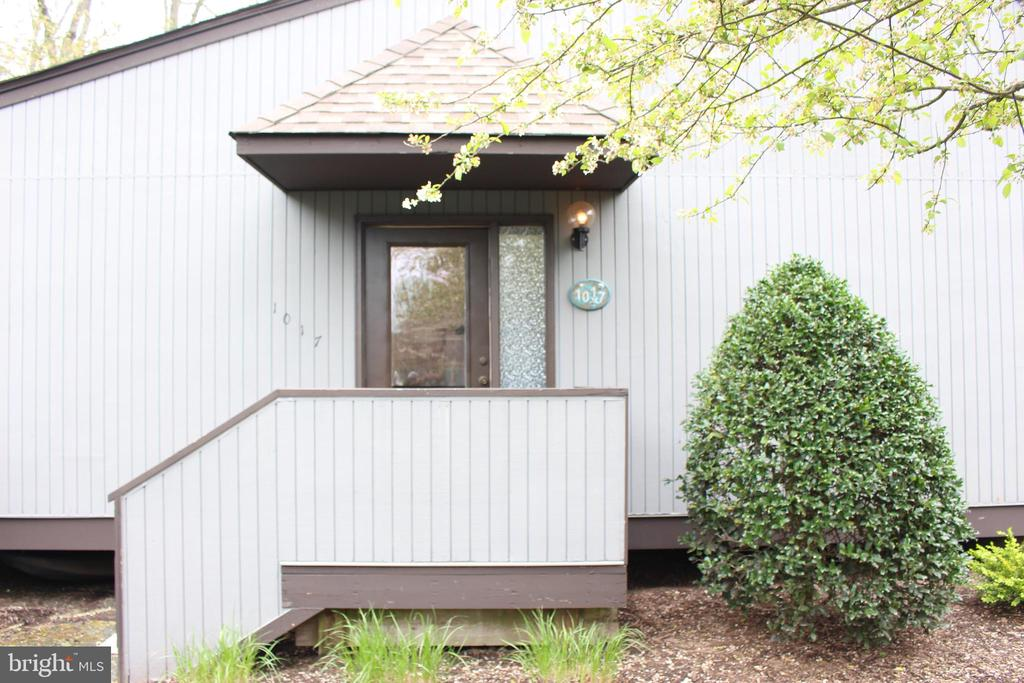 One of Bethany Beach 1 Bedroom Homes for Sale at 39349  WEST PINE CT.   1017C