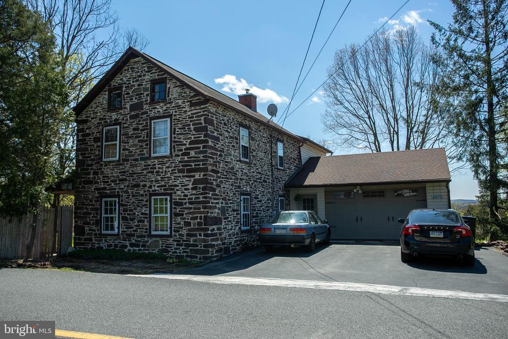 2276 Hendricks Station Road, Harleysville, PA 19438