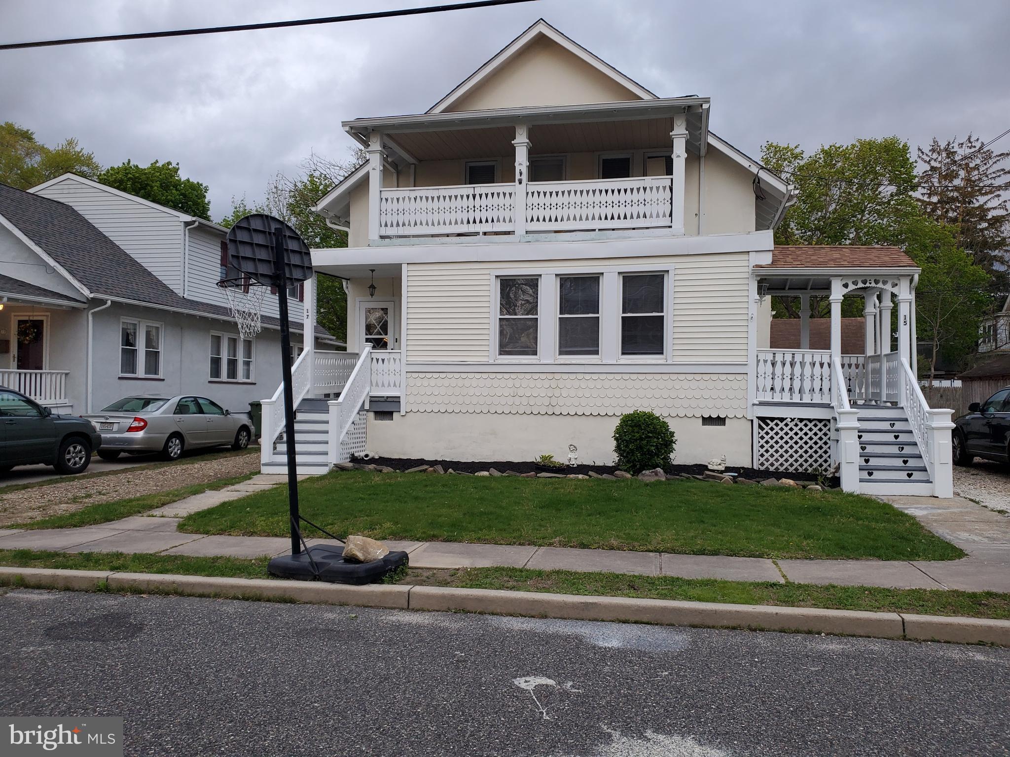 15 Poplar Avenue, Pitman, NJ 08071