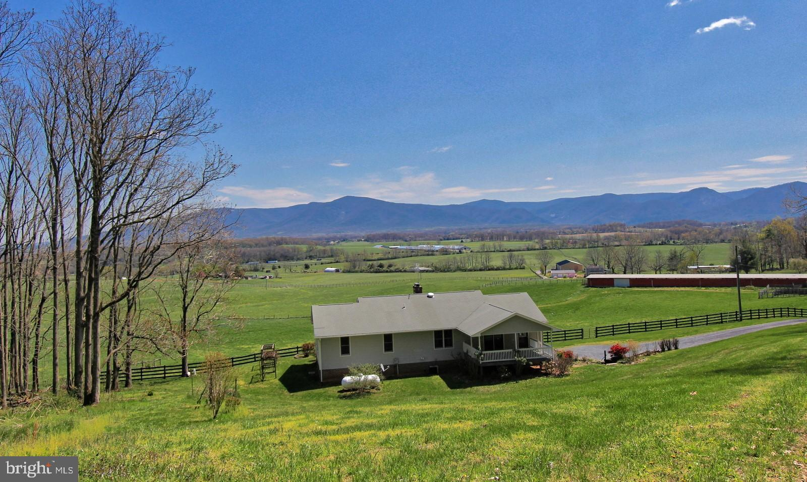 1167 Almo Chapel Road, Spottswood, VA 24476