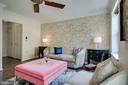 1405 Roundhouse Ln #305