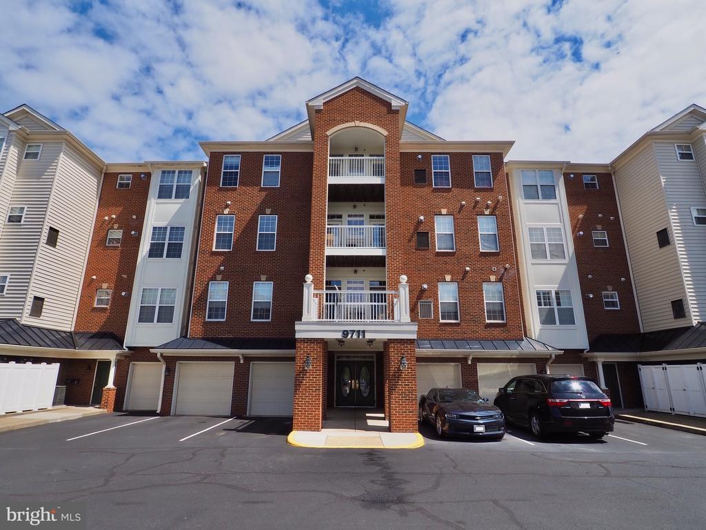 9711 Handerson Place 101, Manassas Park, VA 20111