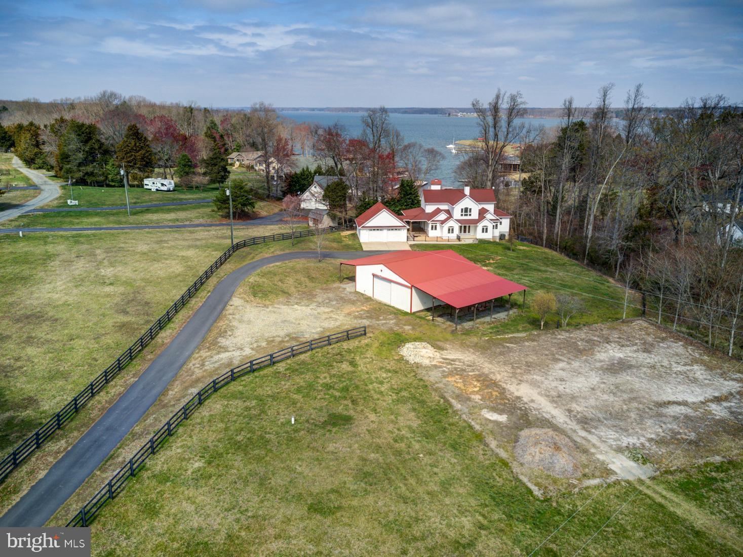 90 Pleasants View Point, Bumpass, VA 23024