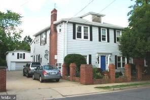 210 E Windsor Ave #4