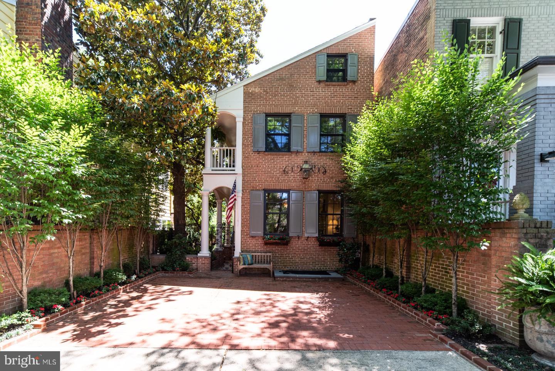 412 Wolfe Street   - Alexandria, Virginia 22314