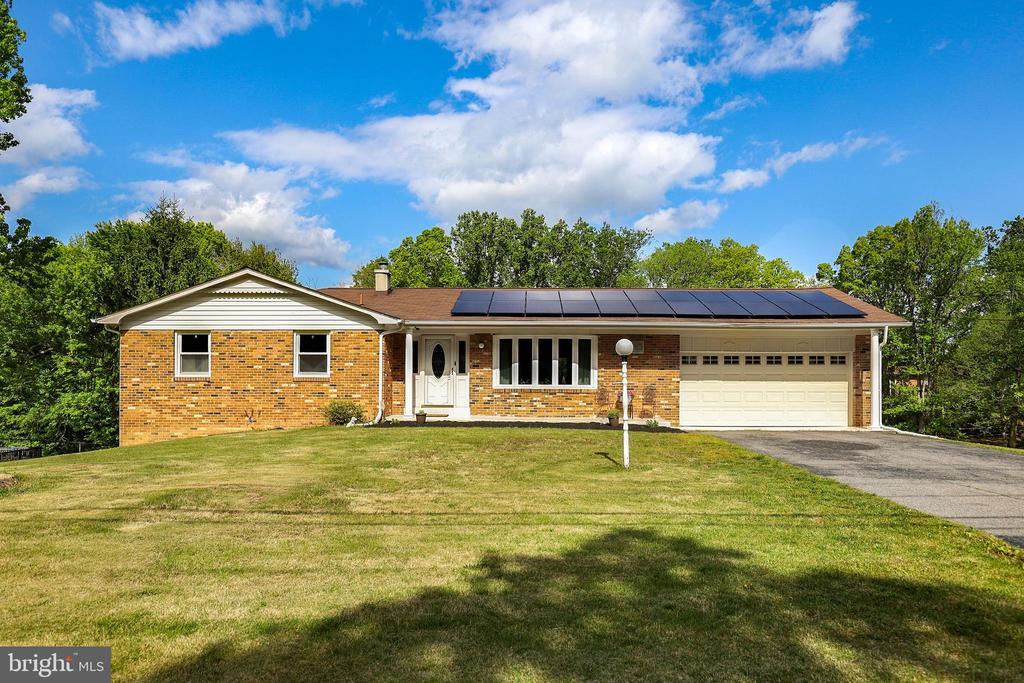 7180 Bensville Road, White Plains, MD 20695