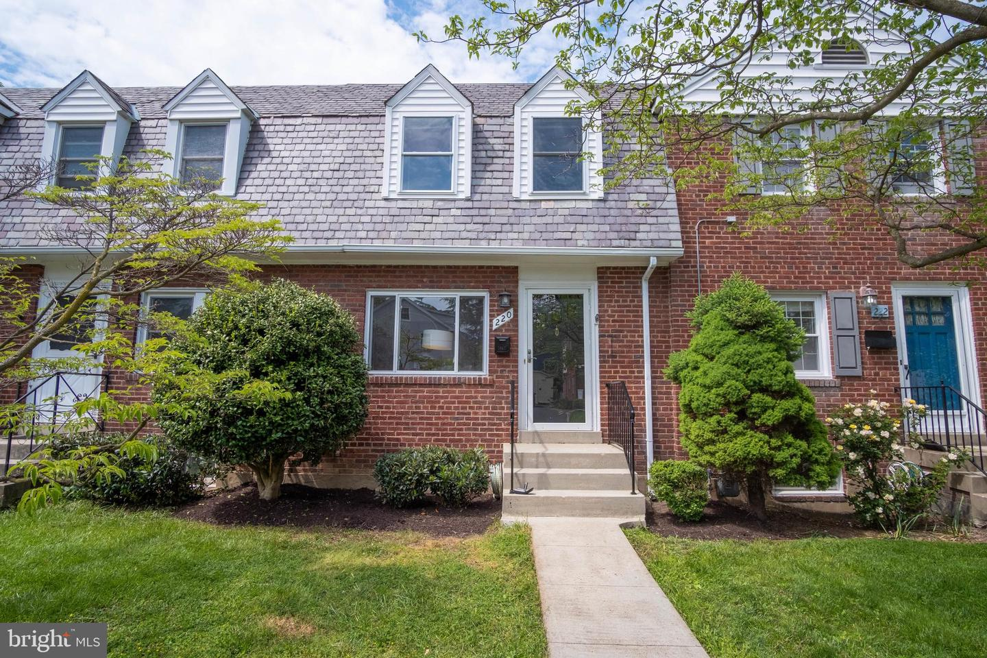 220 Nelson Avenue   - Alexandria, Virginia 22301