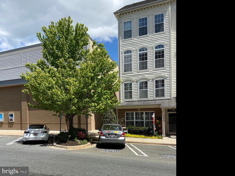 250 Market Street E #A - Gaithersburg, Maryland 20878