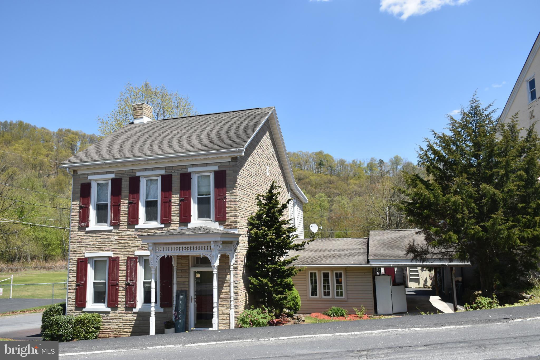 201 Main Street, Landingville, PA 17942