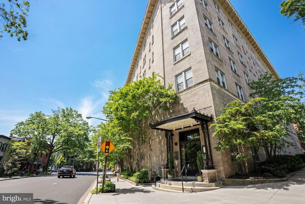 Gorgeous 2-bed, 2-bath corner unit condo in the sought after Farnsboro building in the heart of Kalorama/Dupont. Almost 1400 sq ft! Enter into mosaic-tiled foyer with built-in cabinetry, coat hanging space and bench. Beautiful hardwood floors, crown molding and 10 ft ceilings throughout. Main hallway leads to light-filled living room with exposure on three-sides and tree-lined views. French doors open into formal dining room with open kitchen, boasting high-end stainless steel appliances, lava stone countertops and glass-front cabinets. Two large master suites, each with built-in bookcases, walk-in closets and renovated en-suite bathrooms. Elfa closet system. The Farnsboro features rooftop deck with amazing views and recently renovated lobby. Perfectly-situated with easy access to all that Dupont, Kalorama and West End have to offer. Just 2 blocks to restaurants such as Bistrot Du Coin,  Annabelle, and attractions such as the Phillips Collection.  3 blocks to green space at Mitchell Park or Dupont Farmers Market and 6 blocks to Dupont Circle and metro (red line). Don't miss this rare find!