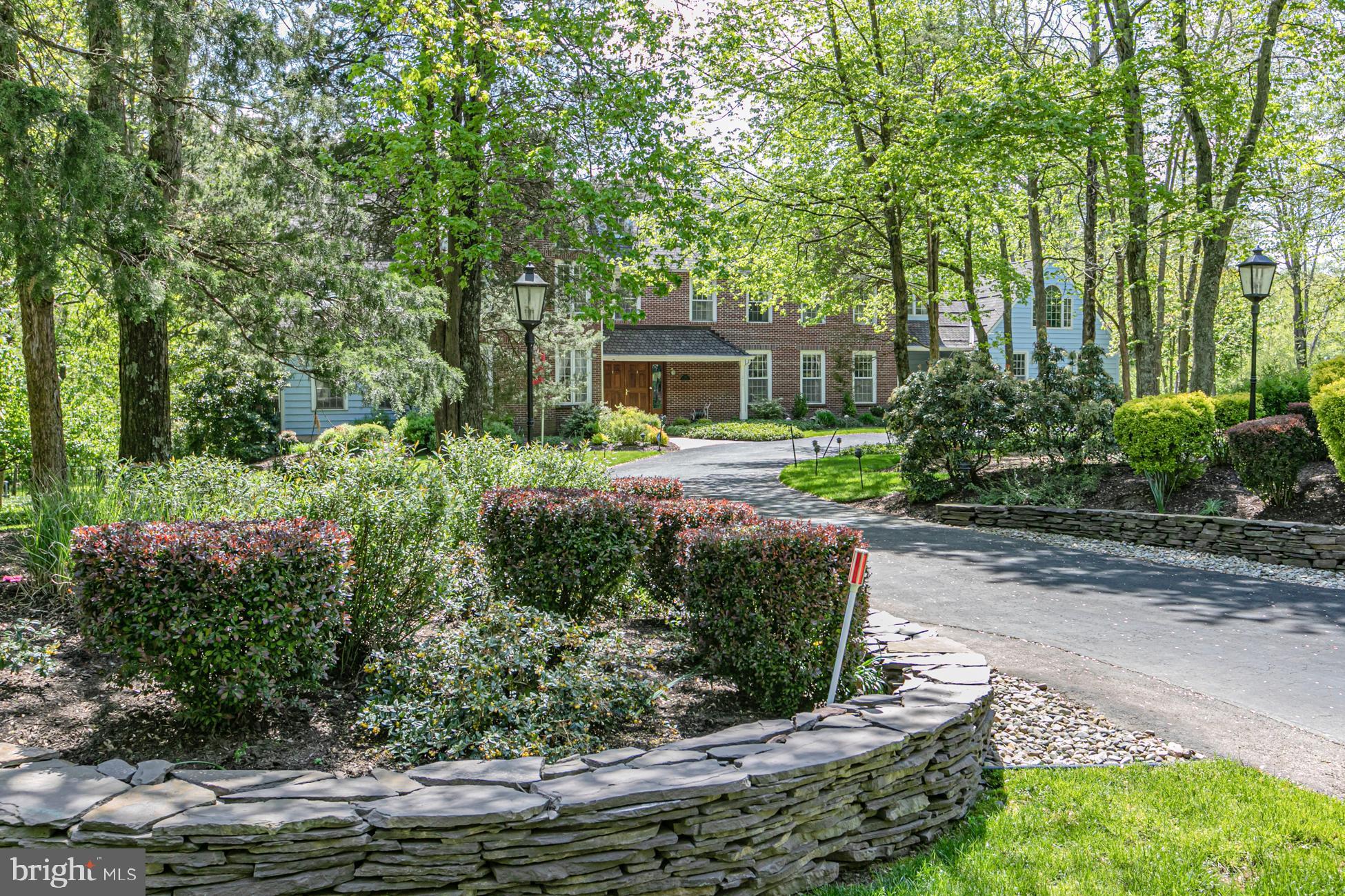 210 Brooks Bend, Princeton, NJ 08540