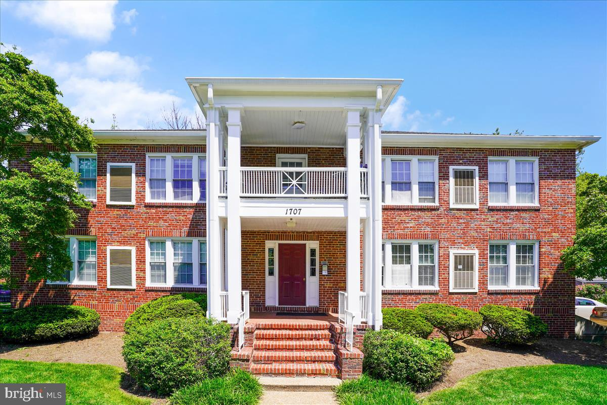 1707 Dewitt Avenue  #A - Alexandria, Virginia 22301
