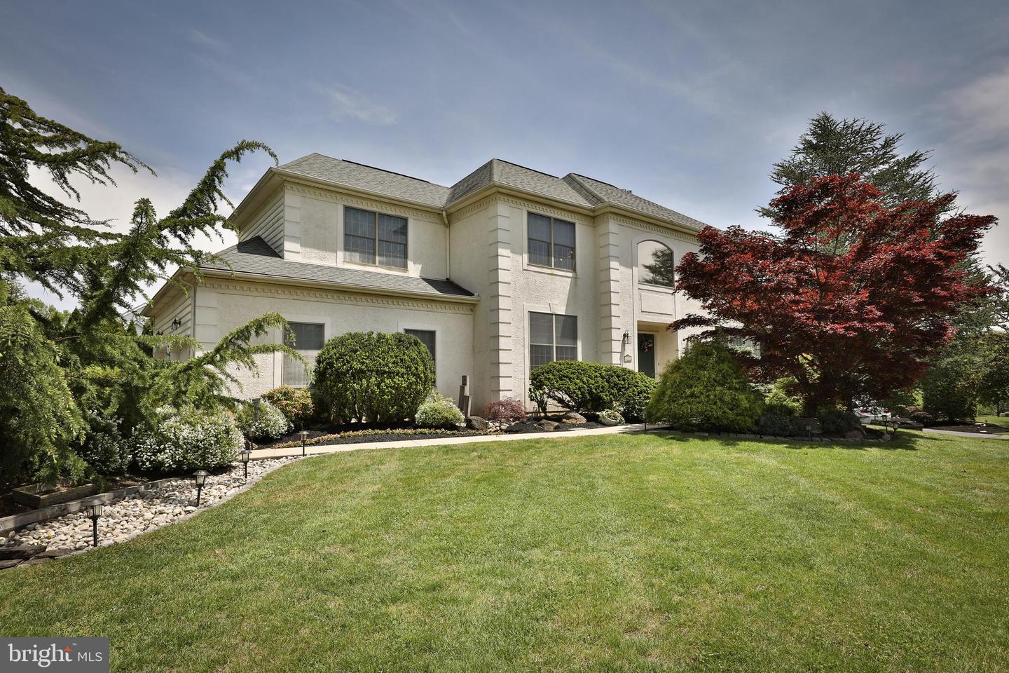 Photo of 872 BURGDORF DR, AMBLER, PA 19002