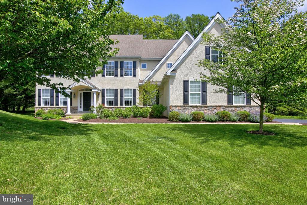 104 Pin Oak Drive, Kennett Square, PA 19348