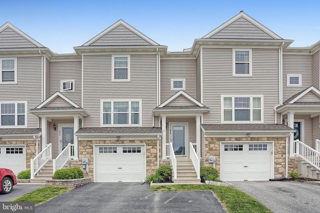234 Millstone, Mountville, PA 17554