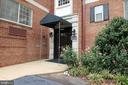 820 Washington St S #A - 327