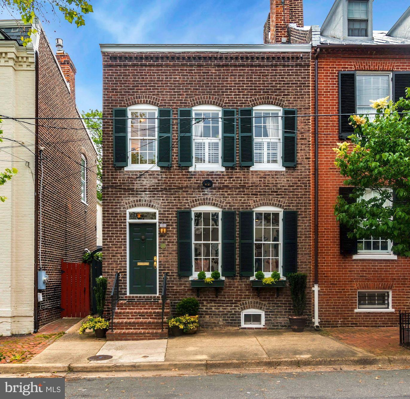 223 Royal Street   - Alexandria, Virginia 22314