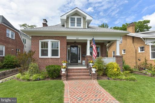 107 W Masonic View Ave, Alexandria, VA 22301