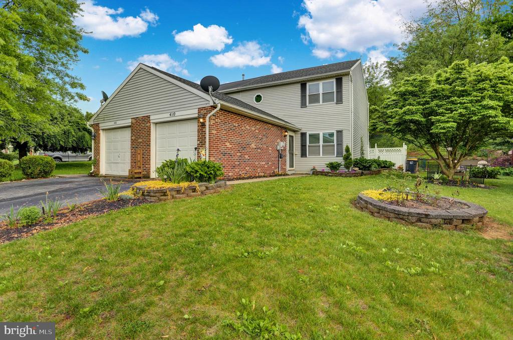 410 Washington Boulevard, Womelsdorf, PA 19567
