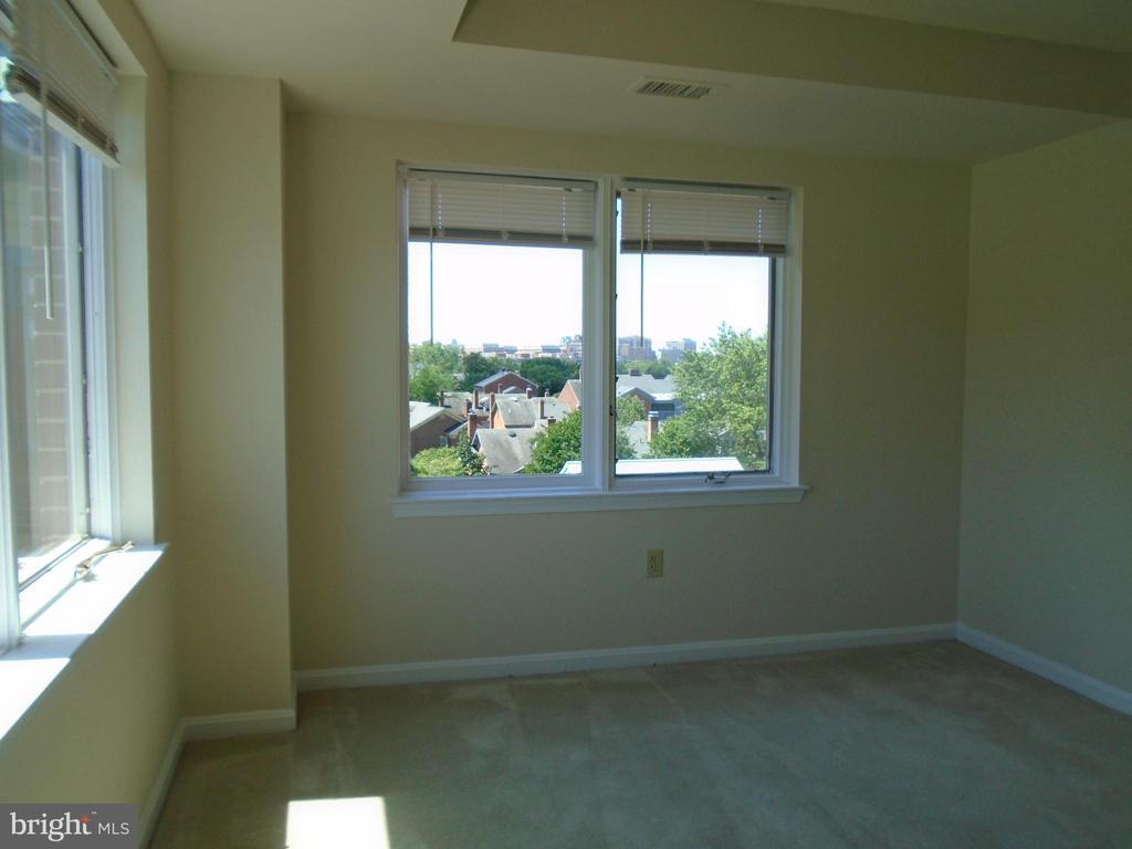 Photo of 545 Braddock Rd #505