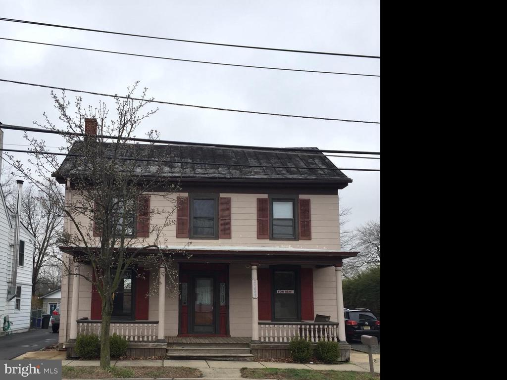 24643 E Main Street, Columbus, NJ 08022
