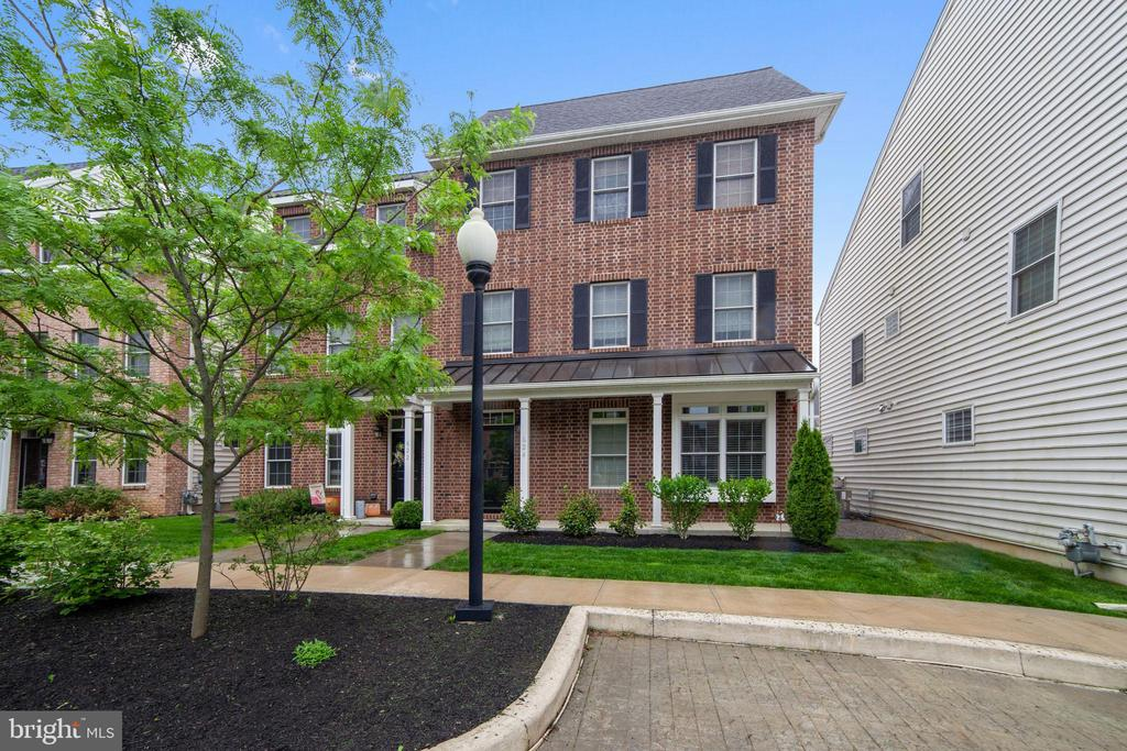 624 W Magnolia Court, Kennett Square, PA 19348