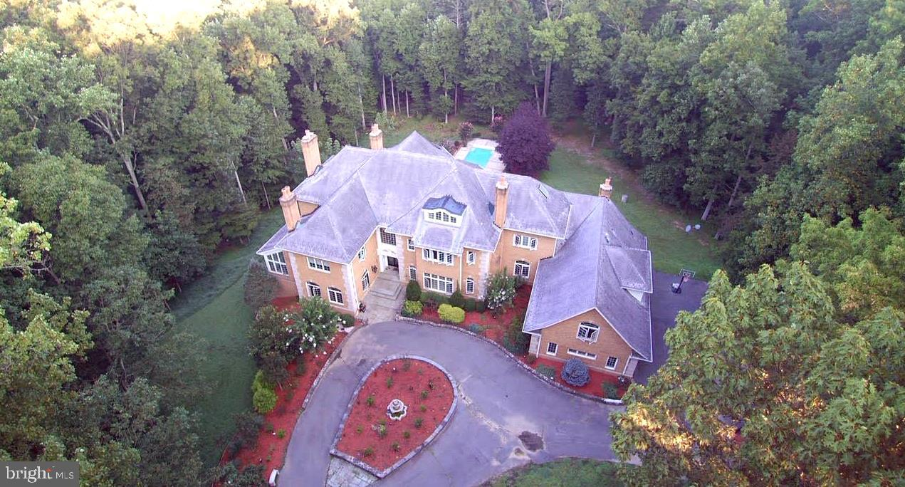 812 Great Cumberland Rd, Mclean, VA, 22102