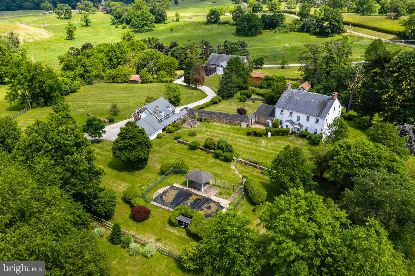 864 Grubbs Mill Road Newtown Square, PA 19073