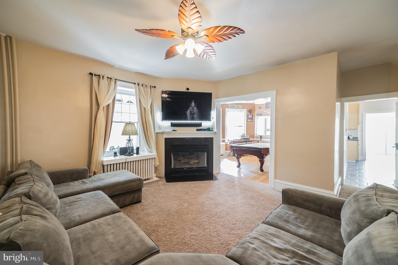 726 Homestead Avenue Havertown, PA 19083