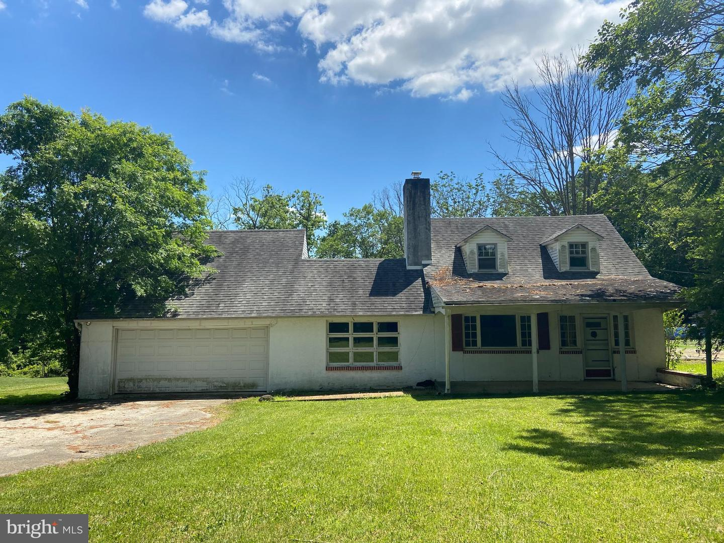 6025 West Chester Pike Newtown Square, PA 19073