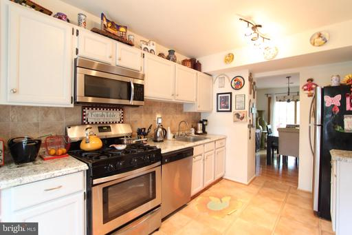 5406 Donnelly Ct Springfield VA 22151