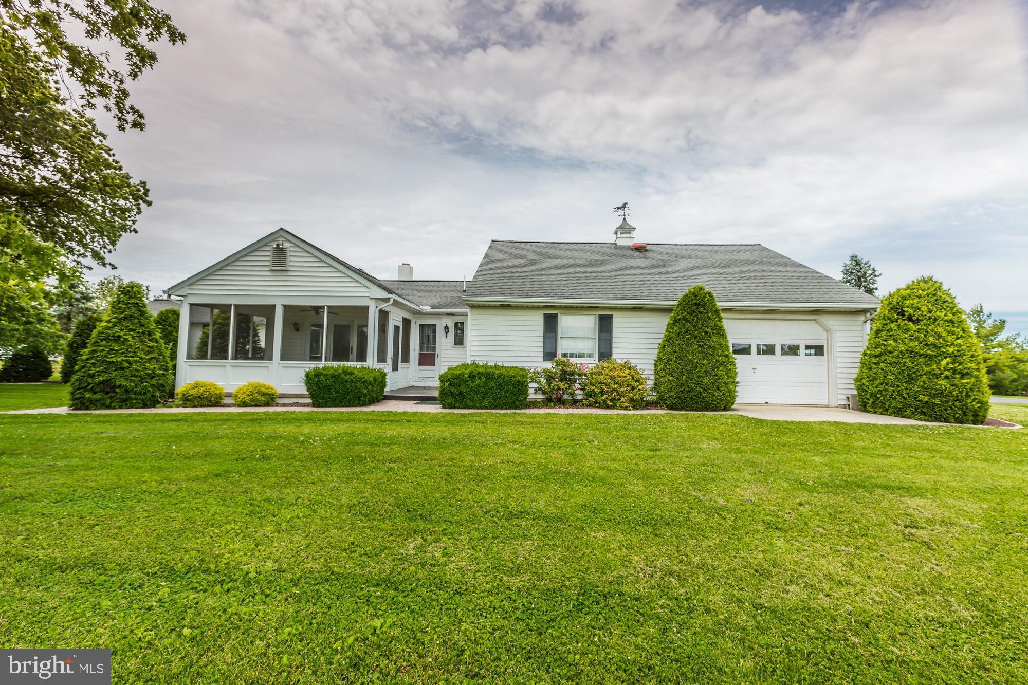 208 Suplee Rd, Honey Brook, PA 19344