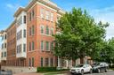 1023 N Royal St #102