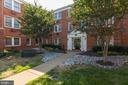 922 S Washington St #207