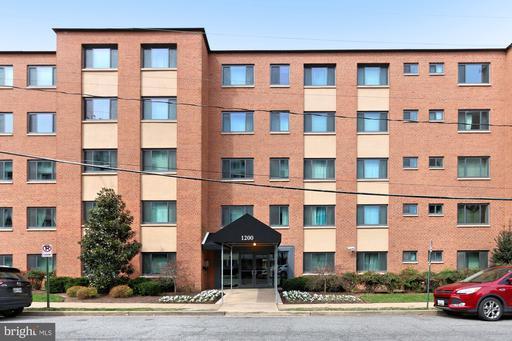 1300 S Arlington Ridge Rd #402
