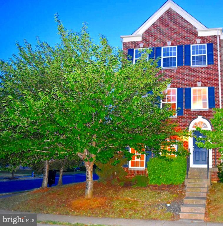 Three Level End Unit Town Home located in the Village of Idlewild. Located close to Cetral Park, Hospitals and Downtown Fredericksburg, this home featues 2 Master Bedrooms. One of which is on the lowest level awhile the other is on the Upper level. The upper level Master also has a 8x4 walk in closet. The Large Kitchen on the main level has room for a table as well as access to the 16x8 rear deck.  There is also an area for formal dining as well plus aliving area on the main level. The home has a 19 x 19 rear load garage with plenty of shelving as well.  Be sure to call your agent and put this one on your list as townhomes in Idlewild are few and disappear quick, just as this one is expected to be.  Agents schedule All Showings online and be sure to review Agent Remarks before Showing.
