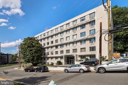 1730 Arlington Blvd #403