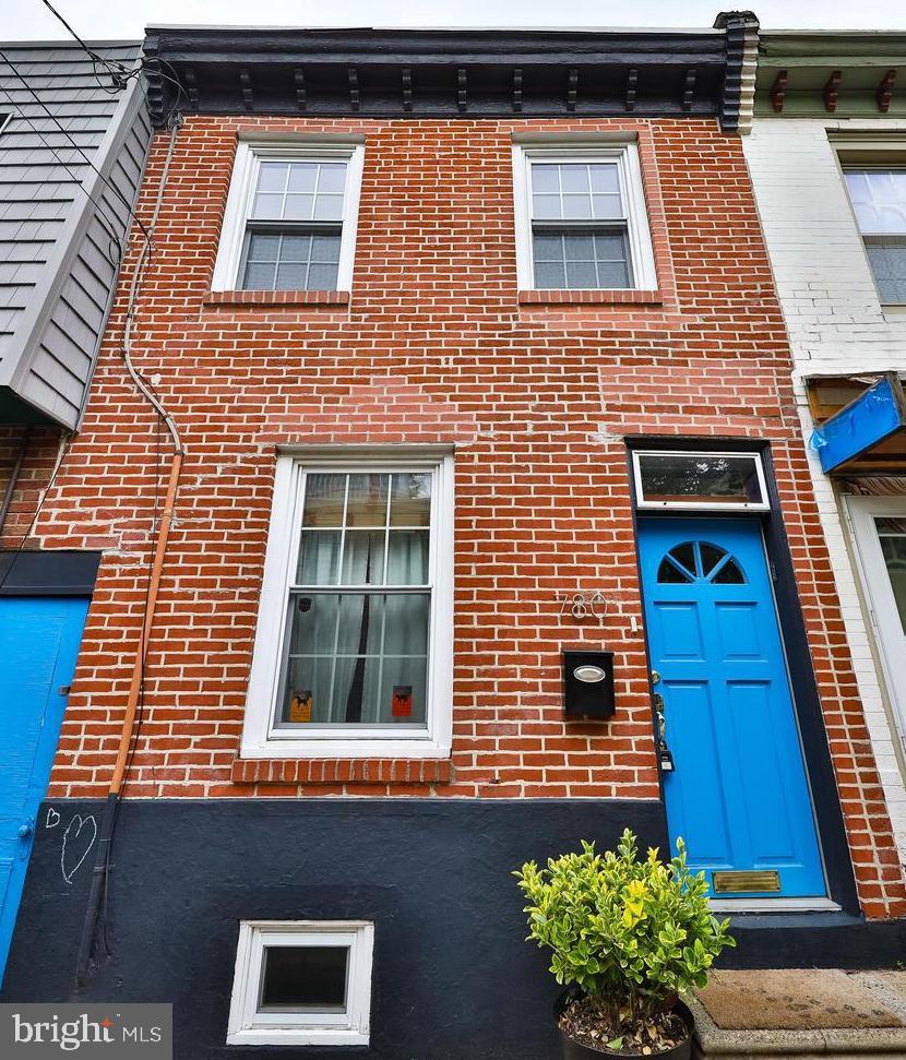 780 N Bucknell Street Philadelphia, PA 19130