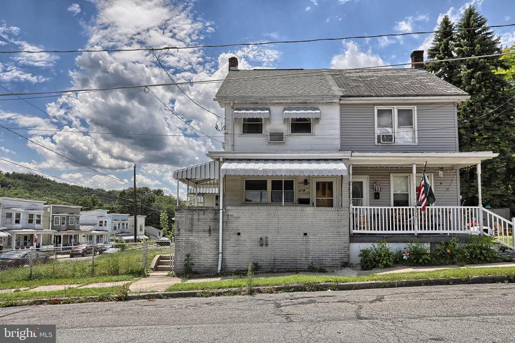 272 6Th Street, Coaldale, PA 18218