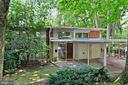 6516 Lakeview Dr