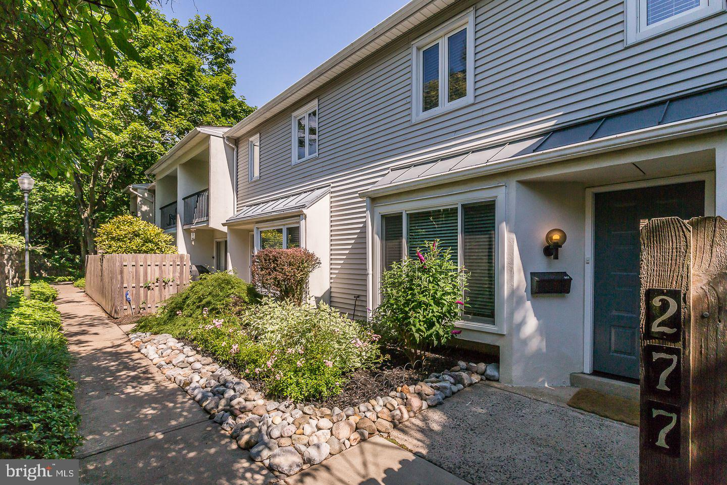 277 W Chelsea Circle Newtown Square , PA 19073
