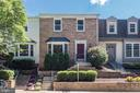 6107 Heron Pond Ct
