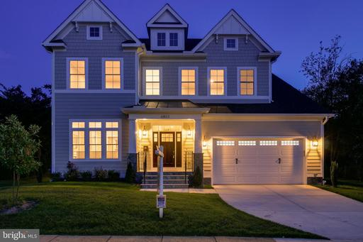 6803 Old Chesterbrook Rd, McLean, VA 22101