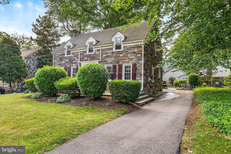 4022 Bloomfield Avenue Drexel Hill, PA 19026