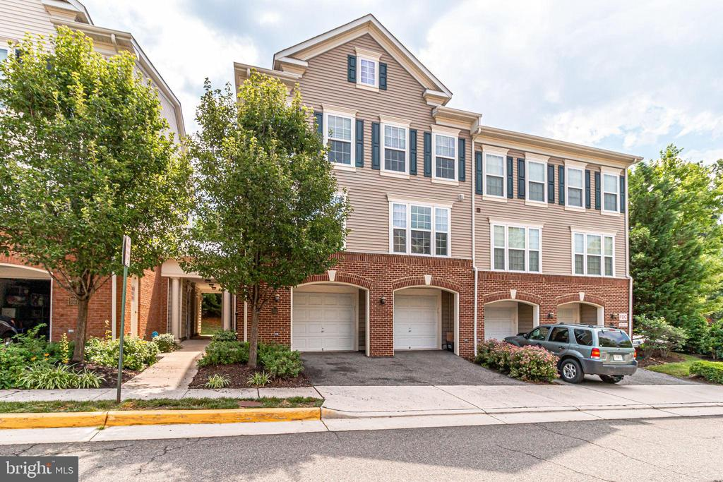 7006 Huntley Run Pl #145, Alexandria, VA 22306