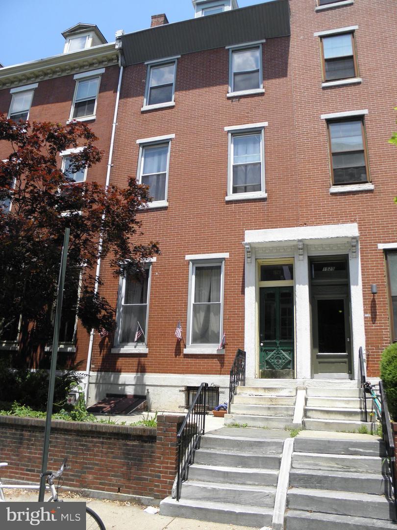 1527 Green Street Philadelphia, PA 19130